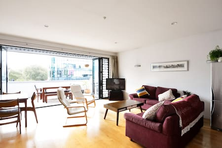Dble room in sunny apt CBD/Ponsonby - Auckland