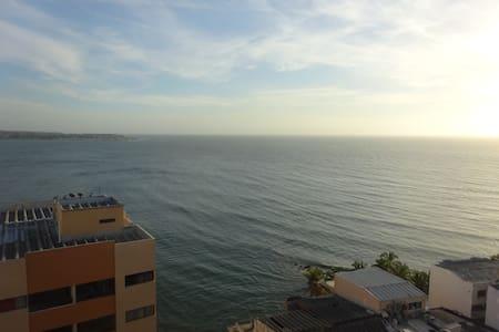 Beautiful Ocean View Apartment ( Vista al mar) - Lakás