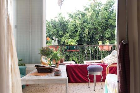 Charming apartment near Jaffa market - Apartment
