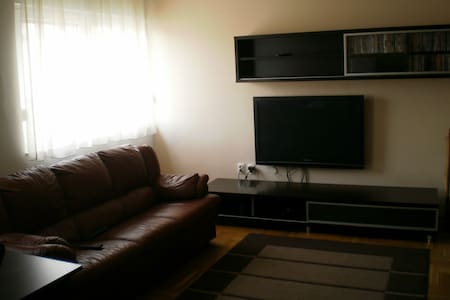3 bedroom apartment - Appartement