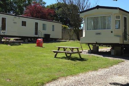 Delightful 3 bedroom static caravan - Other