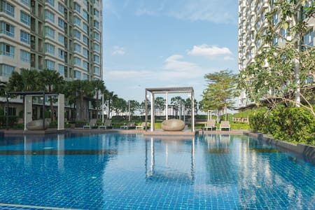 Luxury new 1br riverview + pool,gym - Yan Nawa - Huoneisto