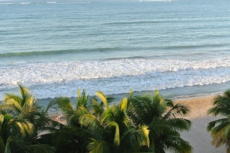 Isla Verde Modern Apartment, ocean front property - Carolina