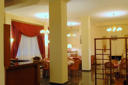 single-double or family private rooms at Meteora - Kalampaka - Bed & Breakfast