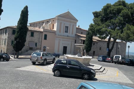 Casa Sabina - Moricone, Metro Roma. - Moricone