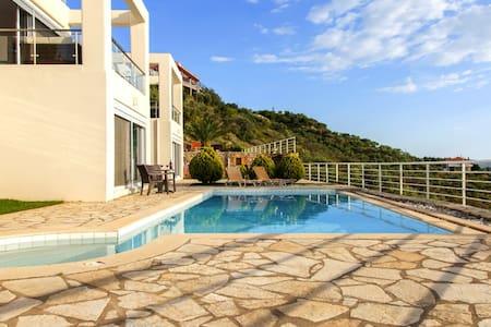 Luxury sea view villa with pool - Kalamata - Villa