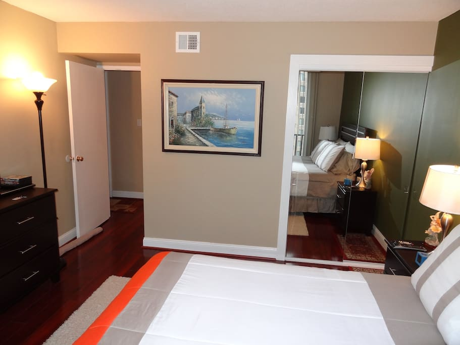 Master Bedroom High Rise With Gym Apartments For Rent In Arlington
