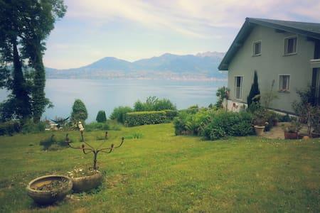 Cosy Country House @ Lake Geneva - Haus