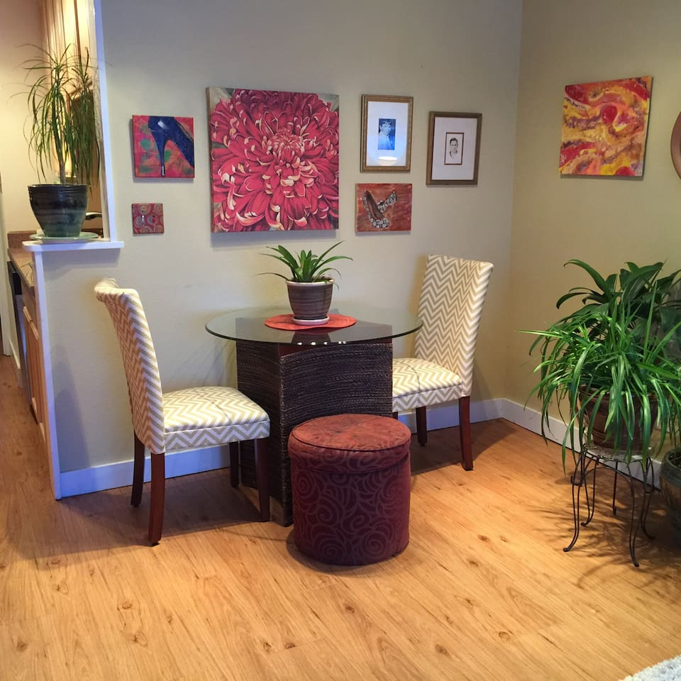 Several clients mentioned the lack of a designated eating area, so I recently purchased a table and chairs.