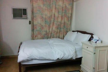 One Bedroom available in Zamalek - Lakás