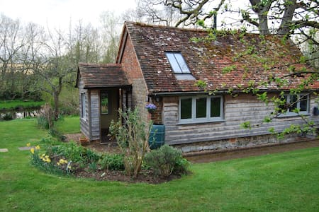 Stylishly converted detached barn - West Sussex - Casa
