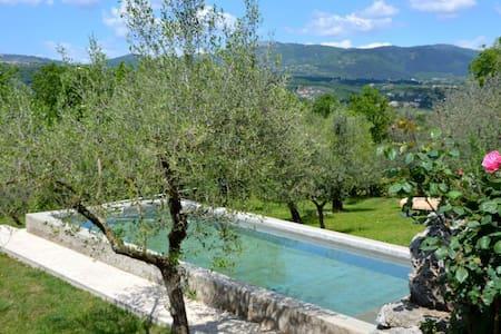 La Casetta  Aia Le Monache - garden, swimming pool - Aia Le Monache