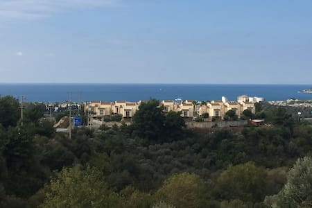 2 bedrooM Flat w Pool, Sea View - Kusadasi - Villa