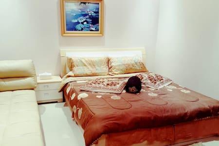 Luxury 1/BD in 2/BD flat in Seef - Apartament
