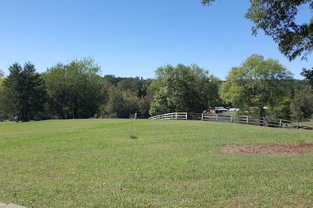 Scenic and Serene Farm House close UNC Chapel Hill - Talo