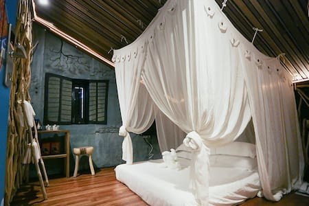 The Happy 8 Retreat @ Old Town Ipoh - Bed & Breakfast