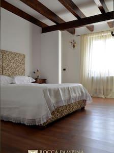 Masseria Rocca Pampina-Stanza n. 2 - Mottola - Bed & Breakfast