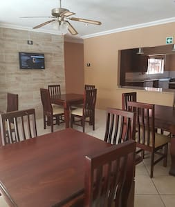 iLawu Guest House - Pension