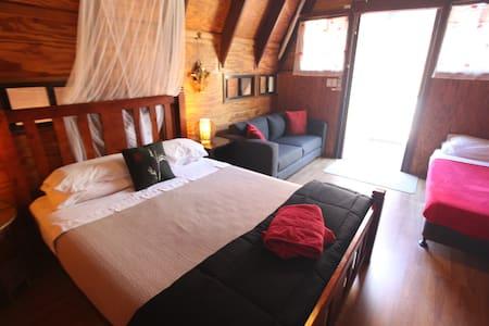 Bokissa Villa - Balinese style - Нелли-Бэй