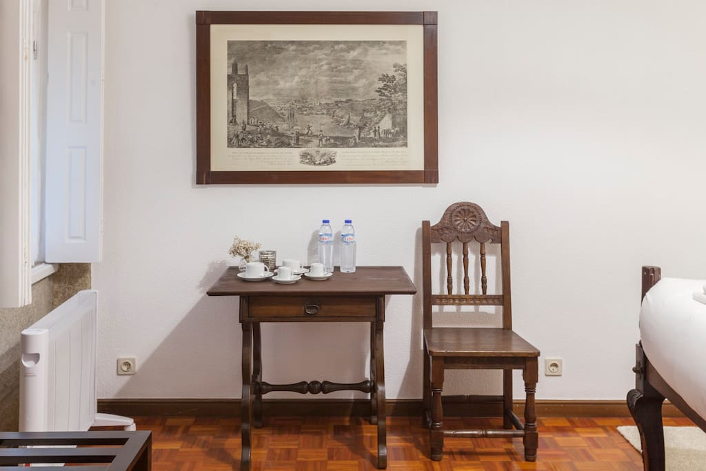 Go2oporto @Flores Guesthouse Room 8