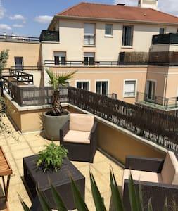 Duplex Villa sur les toits - Apartment