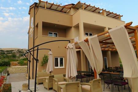 B&B Marta&Tona double room with balcony - Kustići - Bed & Breakfast