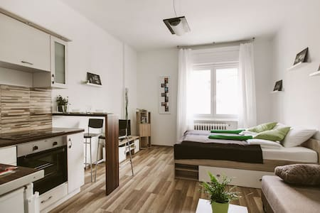 Modern apartment at Buda - Appartement