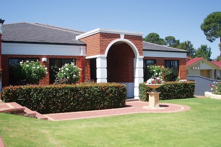 Large beautiful quiet family home - Winthrop