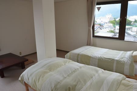 Private room with twin beds in Ueda - Apartment