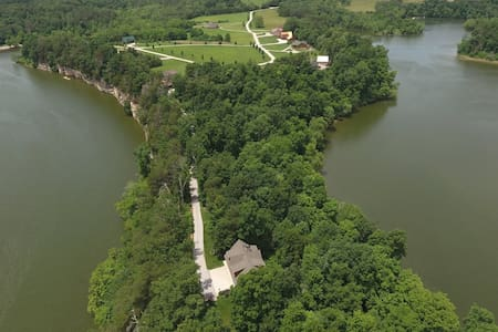 Secluded Nolin Lake Retreat near Mammoth Cave - Apartment