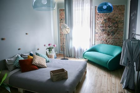 Spacious 120m2 Design Apartment, very central - Riga - Apartamento