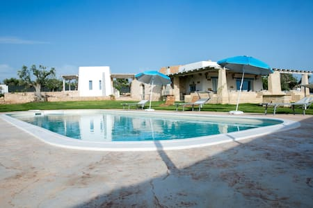 Villa with pool at Suda Torre - House