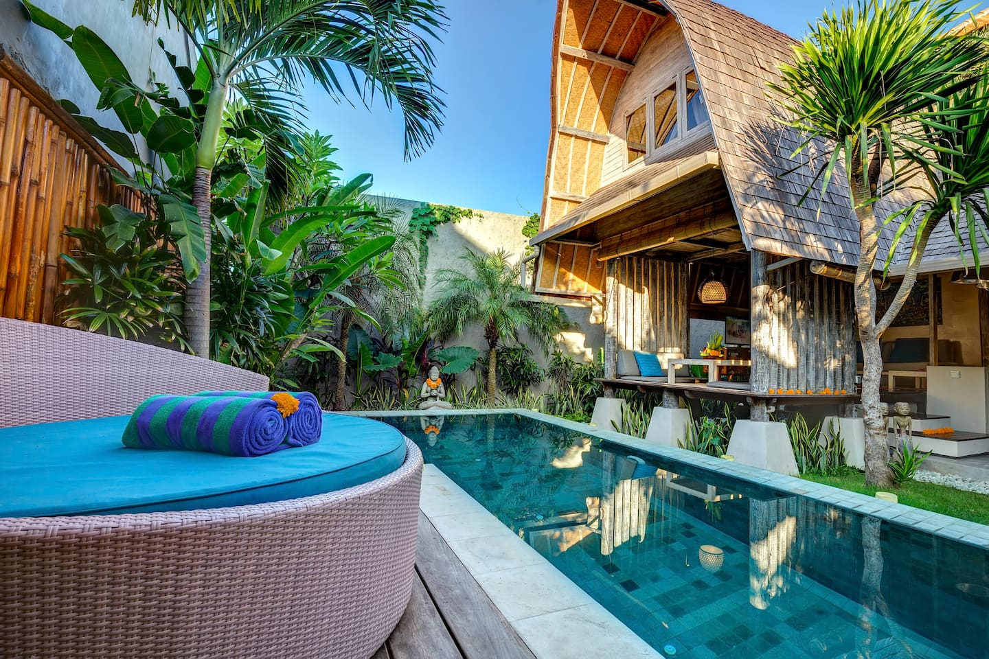 Romantic luxury escape seminyak   villa's te huur in kuta