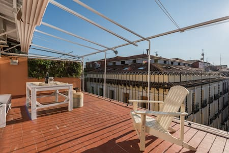 rooftop terrace 'sky is the limit' - Madrid