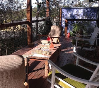 Unique tree top living - New Listing - Bomaderry - House