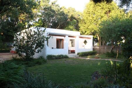 Garden Cottage In Noordhoek - Cape Town