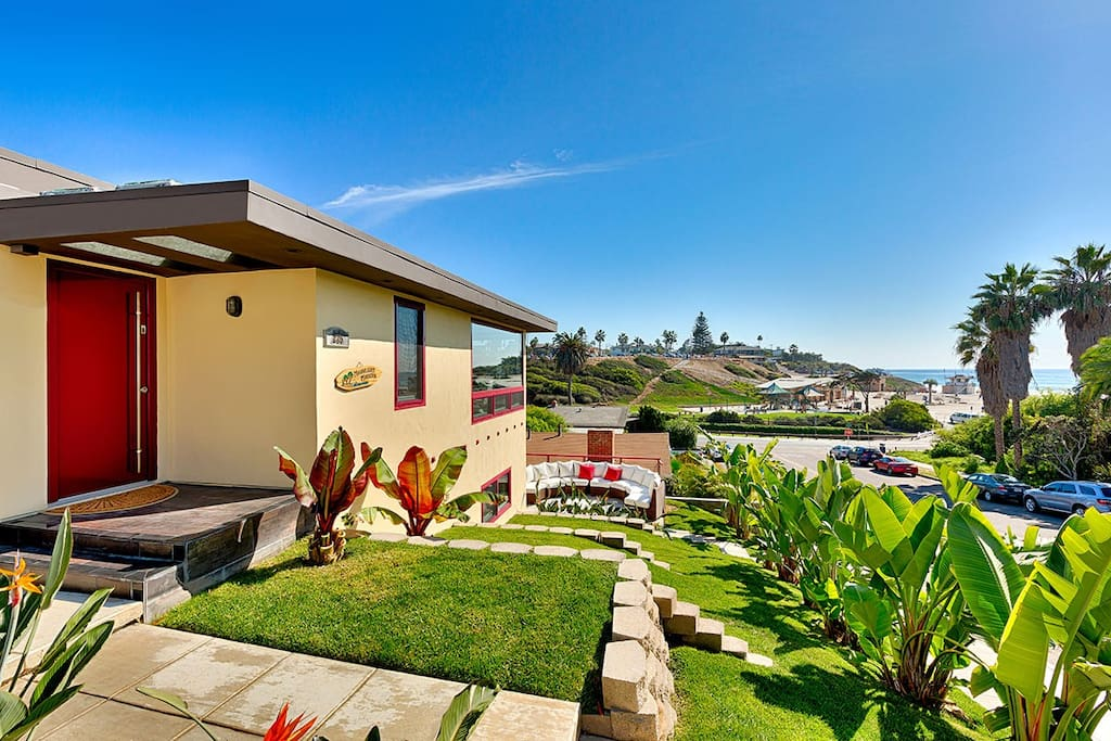 Huge w/View @ Moonlight Beach/Shops - Houses for Rent in ...