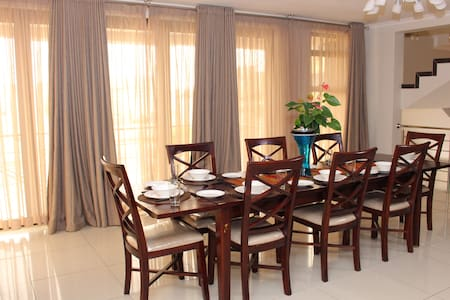 Luxury ,space and comfort - Walvisbay  - Maison