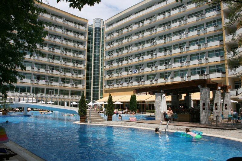 Отель оазис солнечный берег