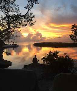 Endless Sunsets in Key Largo - House