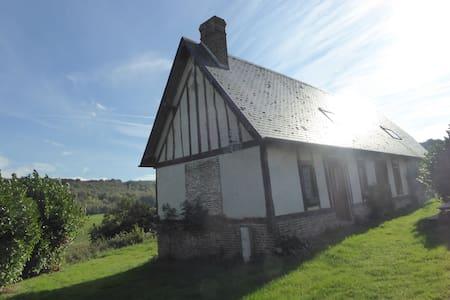 Gite pleine nature, campagne, ferme  en Normandie - House
