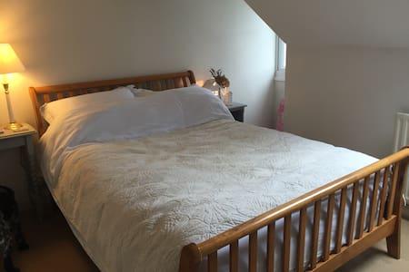 Period Apartment in Bridport - Apartemen
