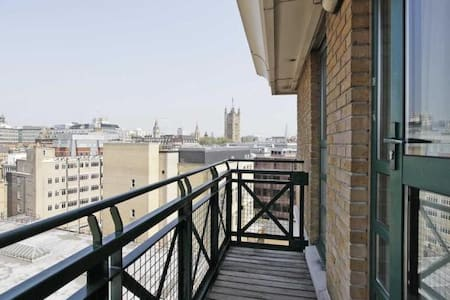 5min Walk toThames River - Bright One Bedroom Flat