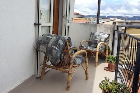 Spazioso appartamento a 2km da Soverato - Leilighet