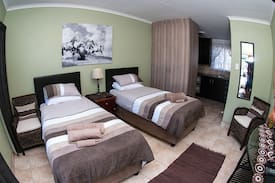 Picture of Stylish & Clean Self-Catering Unit