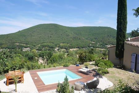 Mirmande, belle maison avec piscine, jardin - House