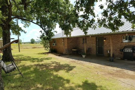 Country cottage on 100 acres - Ardmore - Bed & Breakfast