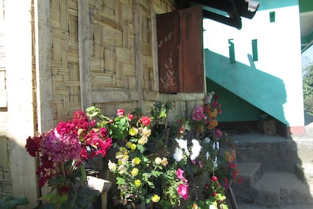 Yakten Village Homestay offers private room - Pakyong - House