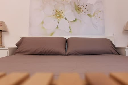 Central, bright and beautiful doble room - Barcellona - Appartamento
