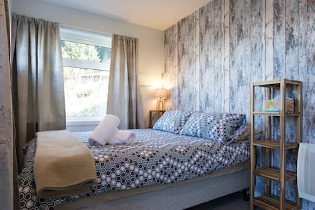 Private Cabin with ensuite - Queenstown - Cabin